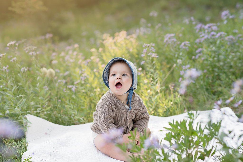 tacoma family photographer tacoma newborn photographer baby photographer mt rainier family session