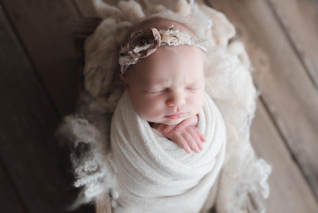 seattle newborn photographer Seattle baby newborn baby girl photos newborn session ideas