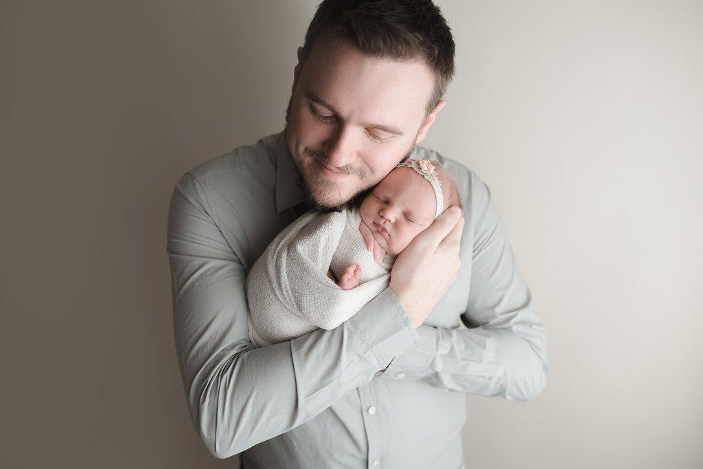 seattle newborn photographers newborn baby photographer baby girl photo session ideas